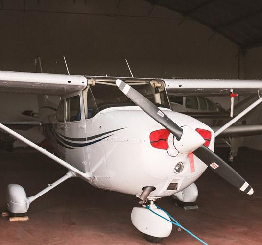serv-hangares